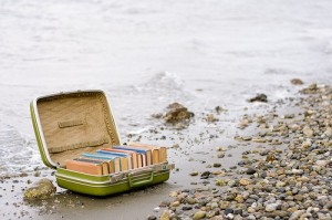 cropped-beach_books211.jpg